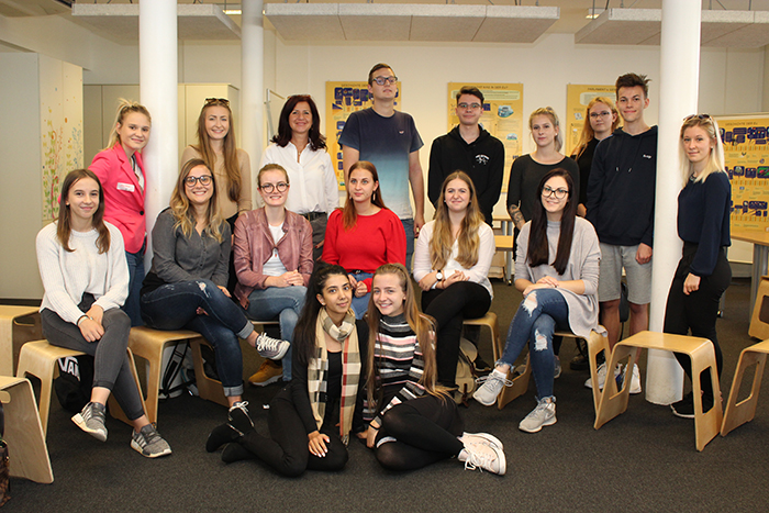 Gruppenfoto der 3D Klasse Landesberufsschule, Feldgasse 3, 8330 Feldbach