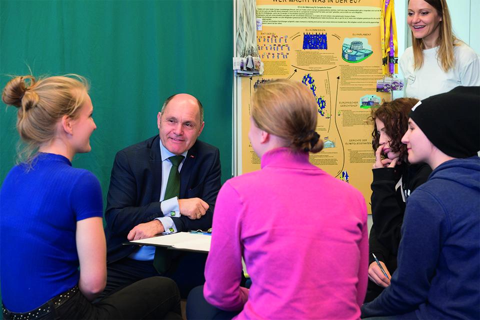 Nationalratspräsident Wolfgang Sobotka im Lehrlingsforum