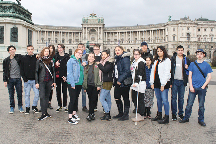 Gruppenfoto des JBB Wien