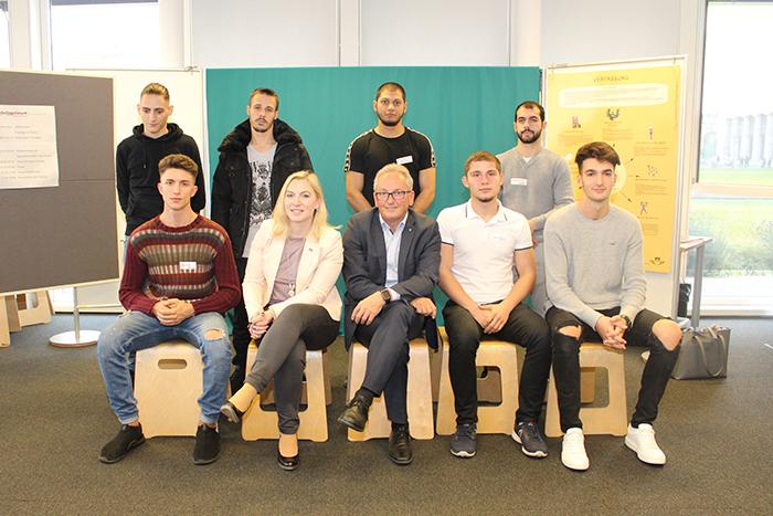 Gruppenfoto der Berufsschule für Baugewerbe Wien Wagramer Straße