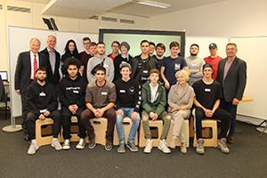 Gruppenfoto der Lehrlinge der Berufsschule Mollardgasse, Klassen 1BV, 2I