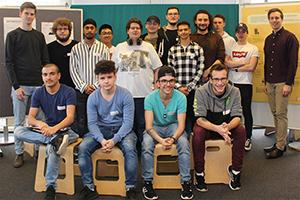 Gruppenfoto der Lehrlinge der Kapsch Partner Solutions GmbH