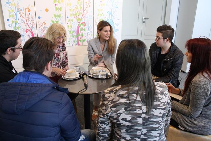 Gesprächsrunde mit Nationalratsabgeordneter Claudia Angela Gamon und dem Bundesrätin Ingrid Winkler